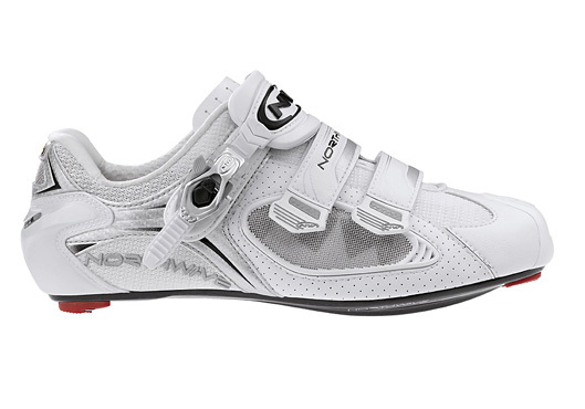 Northwave Extreme Tech Plus road bike shoes size 40 matt black